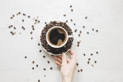 Mengonsumsi Kafein Berlebihan