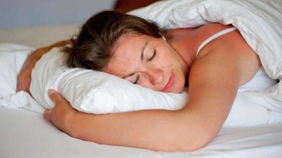 Tidur Siang Selama 1-2 Kali Seminggu Lebih Baik Bagi Kesehatan, Inilah Alasannya!
